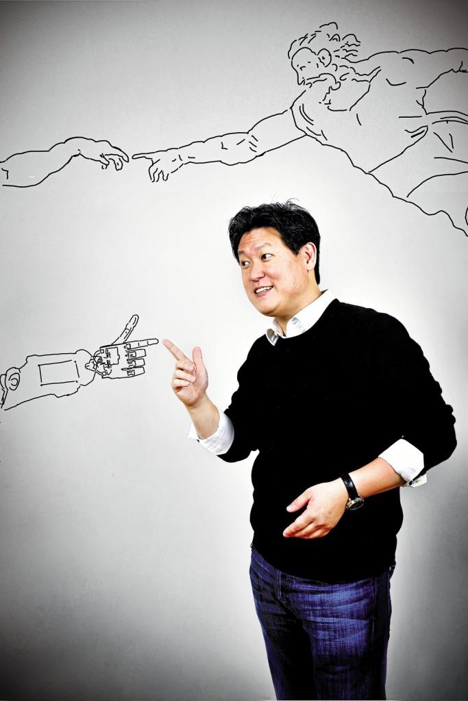 conocer, creatividad, Dennis Hong, pionero en el diseño de robots humanoides