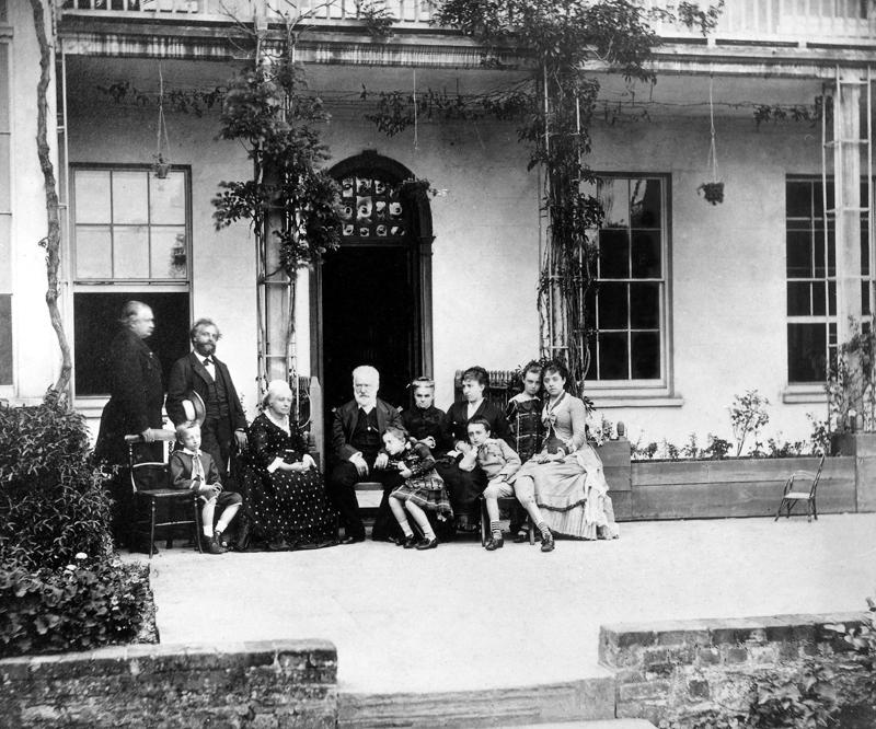 Victor Hugo y su familia
