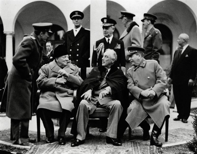 conferencia de Yalta Stalin Chuchill y Roosevelt conocer historia