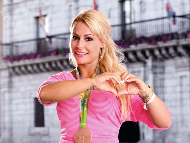 Lydia Valentin ( 75kg, Spain)   147kg Clean U0026 Jerk