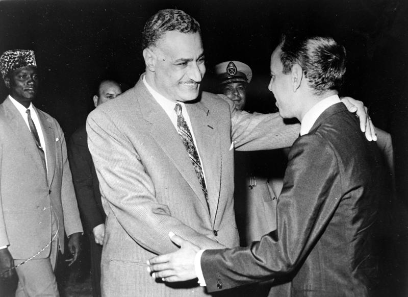 MODEIBO KEITA WITH SEKOU TOURE & PRESIDENT ABDEL GAMAL NASSER IN CAIRO / ; 15 JUNE 1962