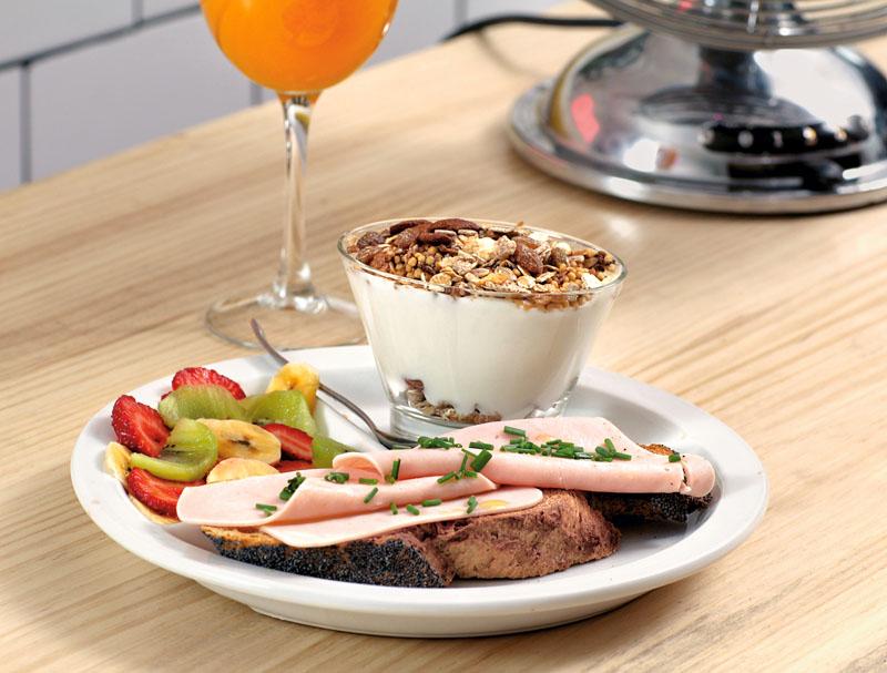 personajes, brays efe, desayuno con paquita salas