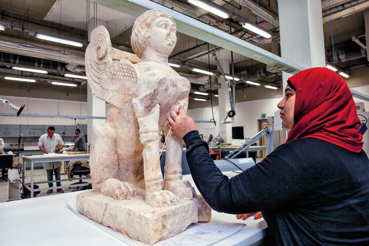 Nuevo Un Para Nuevo Tutankamón Un Tutankamón 'palacio' Un Para 'palacio' 76yfbgY