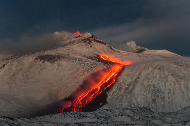 volcan Etna erupcion Sicilia