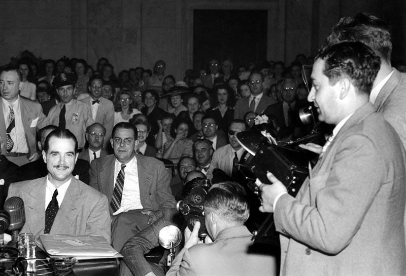 conocer Howard Hughes juicio
