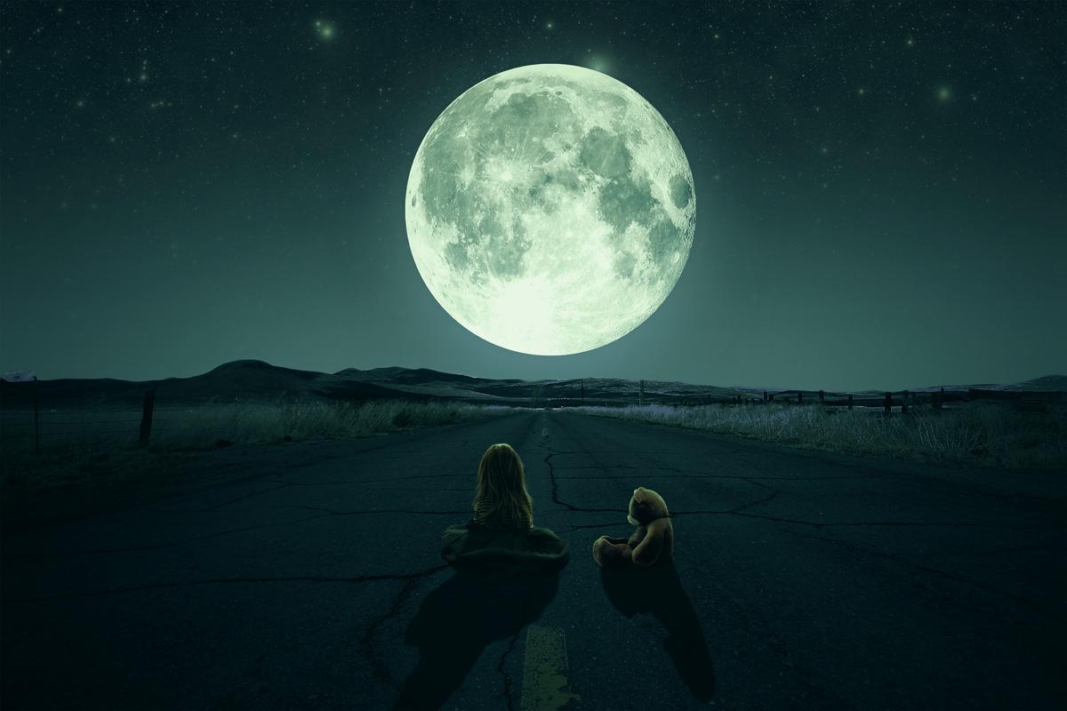 ¿Y Si La Luna Nos Manipula?