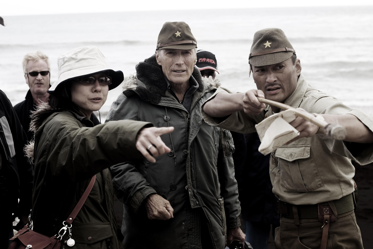 "(L-r) Interpreter YUKI ISHIMARU, Director CLINT EASTWOOD and KEN WATANABE as General Kuribayashi on the set of Warner Bros. Pictures' and DreamWorks Pictures' World War II drama ""Letters from Iwo Jima,"" directed by Clint Eastwood. PHOTOGRAPHS TO BE USED SOLELY FOR ADVERTISING, PROMOTION, PUBLICITY OR REVIEWS OF THIS SPECIFIC MOTION PICTURE AND TO REMAIN THE PROPERTY OF THE STUDIO. NOT FOR SALE OR REDISTRIBUTION."