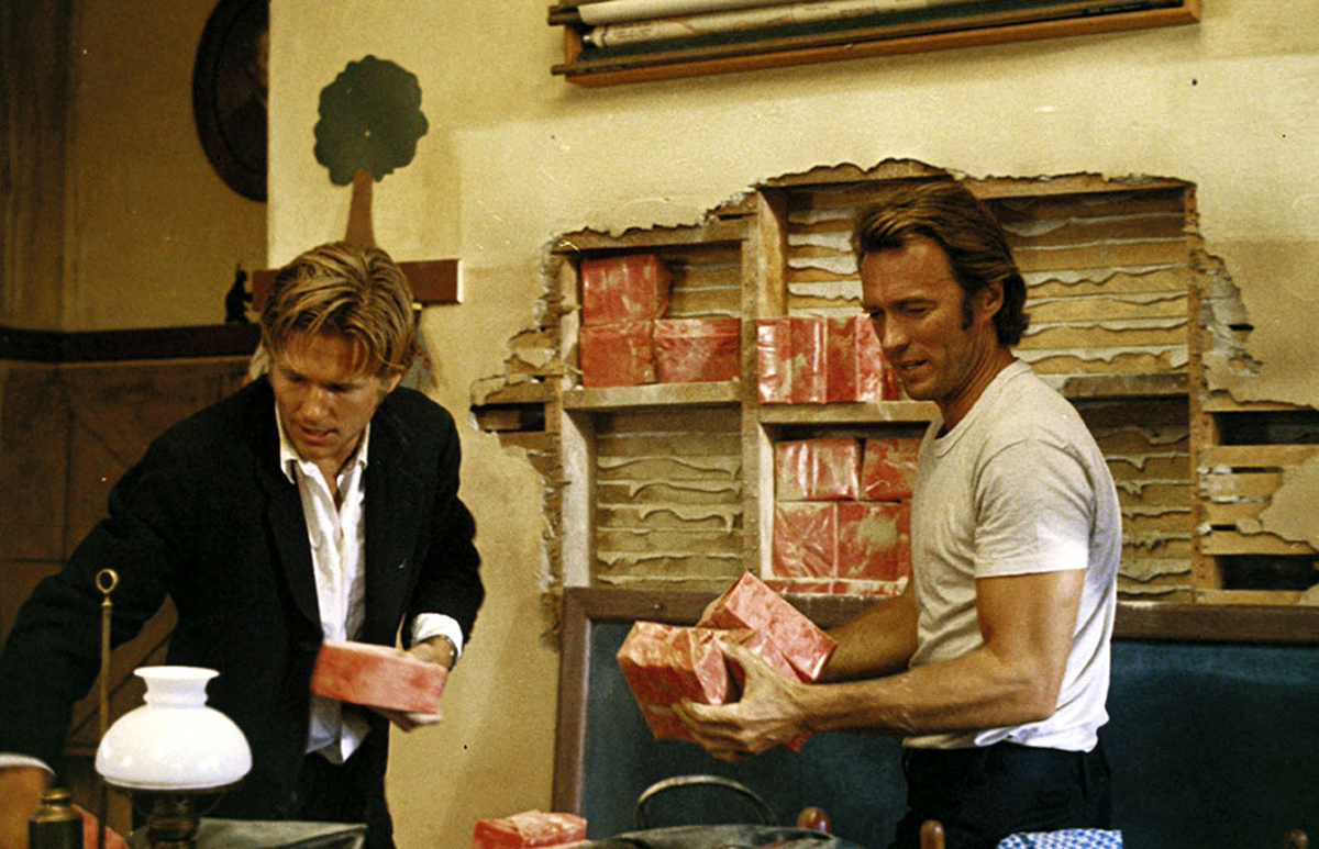 "Título original: ""Thunderbolt and Lightfoot"" ""Un botín de 500.000 dólares"" Género: Crimen, Aventura Año: 1974 Jeff Bridges (i) y Clint Eastwood (d)"