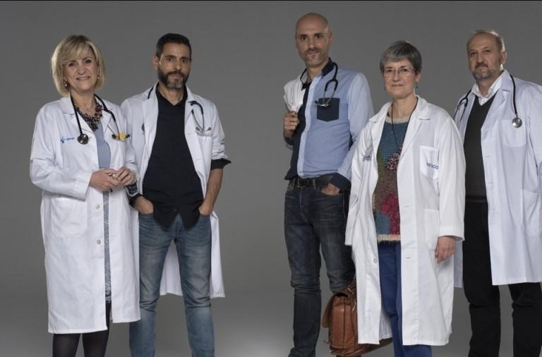 ¿Qué revisan los médicos en un examen de próstata?