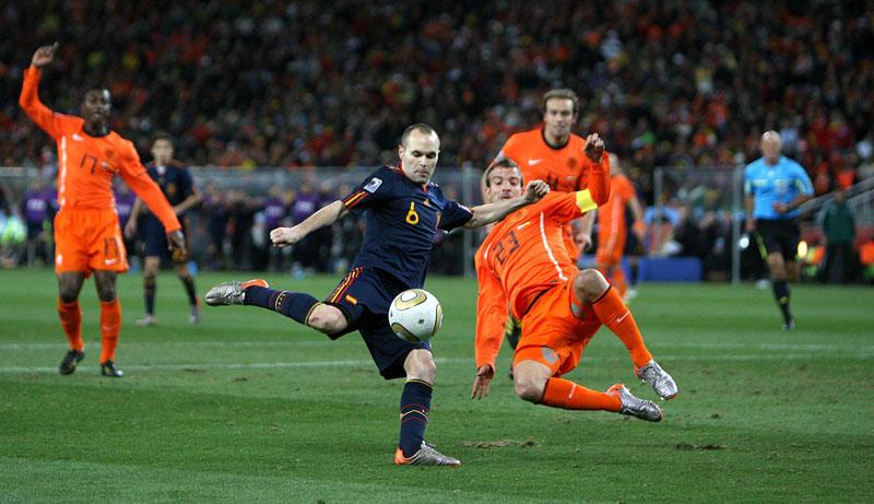 Gol de Iniesta en el Mundial