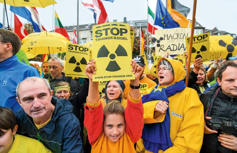 central nuclear tihange. fisuras, nuevo chernobil