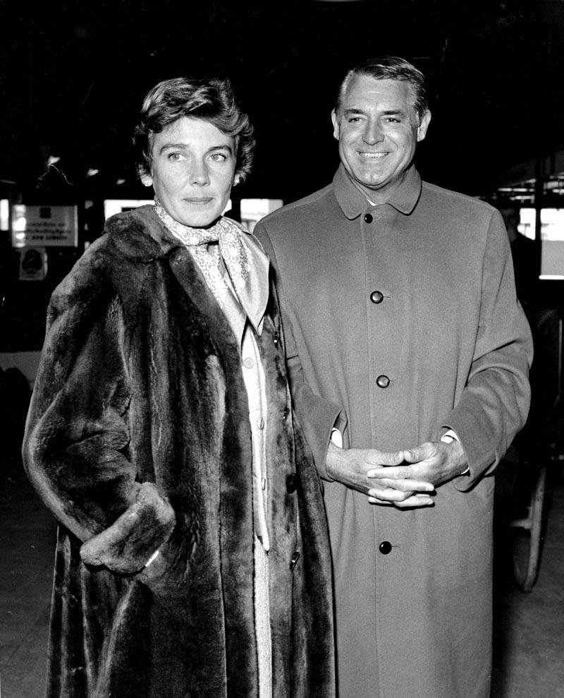 Cary Grant y su mujer Betsy Drake