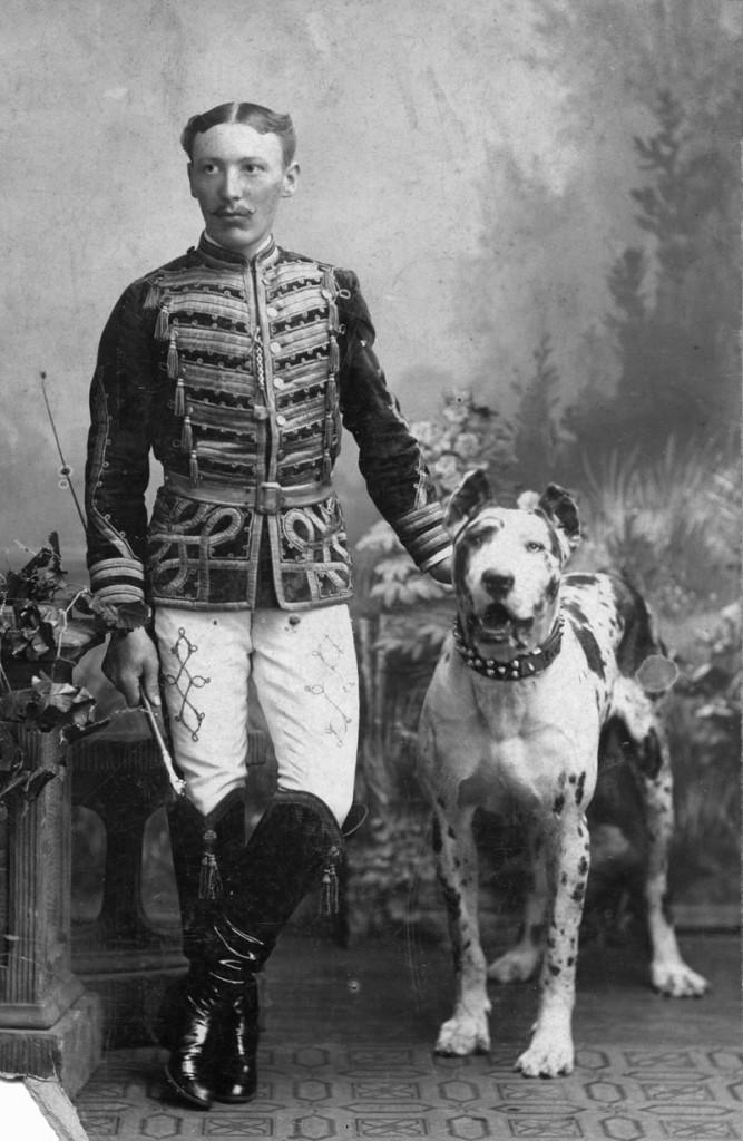 Krone, Carl, 21.10.1870 - 4.5.1943, German enterpriser, founder of Circus Krone, full length, Tilsit circa 1900, uniform, tingmaster, tamer, dog, Great Dane, Germany, , Additional-Rights-Clearances-NA