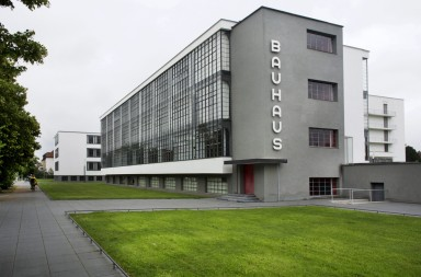 DESSAU 2011-05-25 Exterior of Bauhaus school in Dessau Germany where it existed from 1925 to 1932. State Bauhaus, school with workshops for creative design, architecture and Fine Art, built 1925 ff. after designs by Walter Gropius.  Foto: Staffan Lšwstedt / SvD / SCANPIX / Kod: 30312