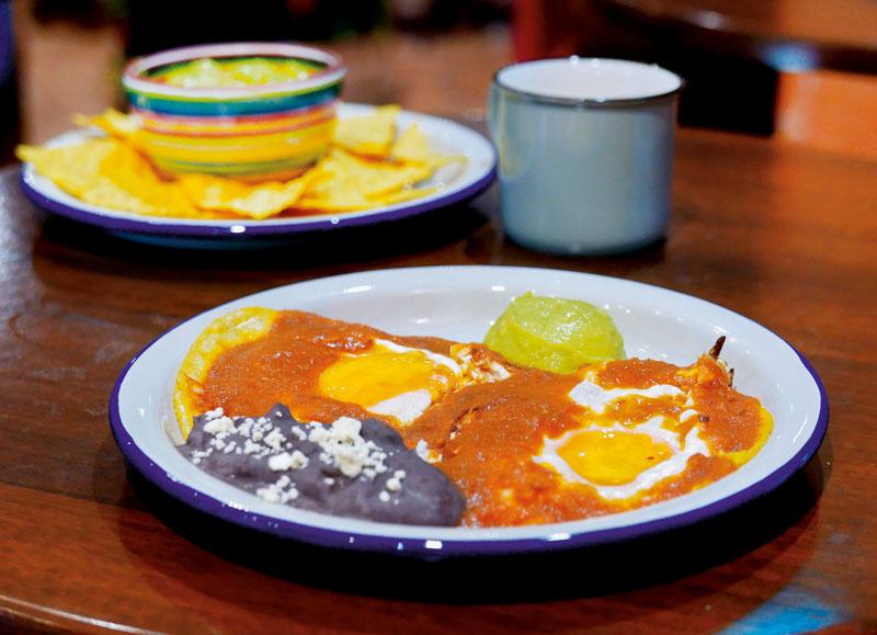 desayuno luis cobos