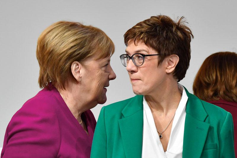sucesora de Angela Merkel, Annegret Kramp