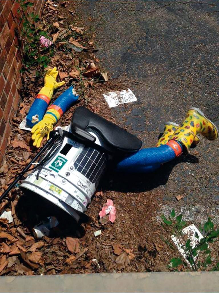 robot accidente hitchbot