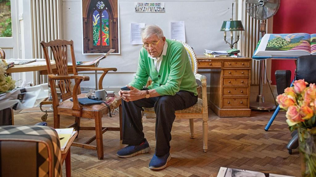 """David Hockney: """"Les haría un corte de mangas a todos los que dicen que el mundo se está yendo al garete"""""""