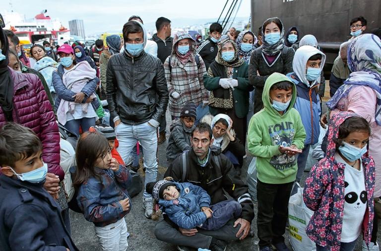 COVID-19: Grecia 'desconfina' a los refugiados de Lesbos